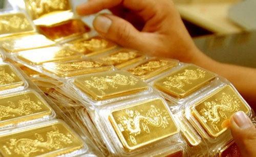 Giá vàng hôm nay 27.7: Vàng giảm mạnh, rơi khỏi ngưỡng an toàn